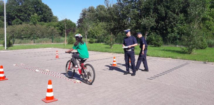 Egzamin na kartę rowerową w Przystani.